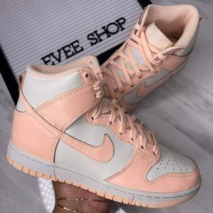 Nike Dunk High - 🌸💗🌸